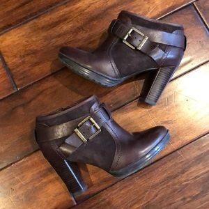 Brown Clark's heeled booties